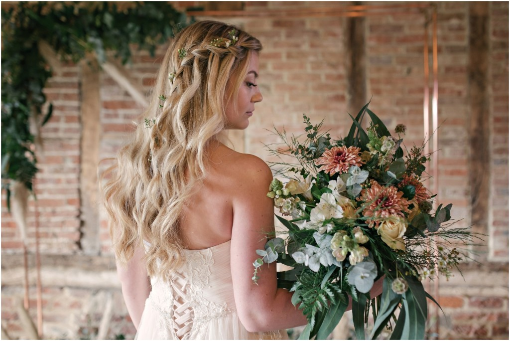 Red Barn Spring Bridal Styled Shoot_ Bridal Inspiration